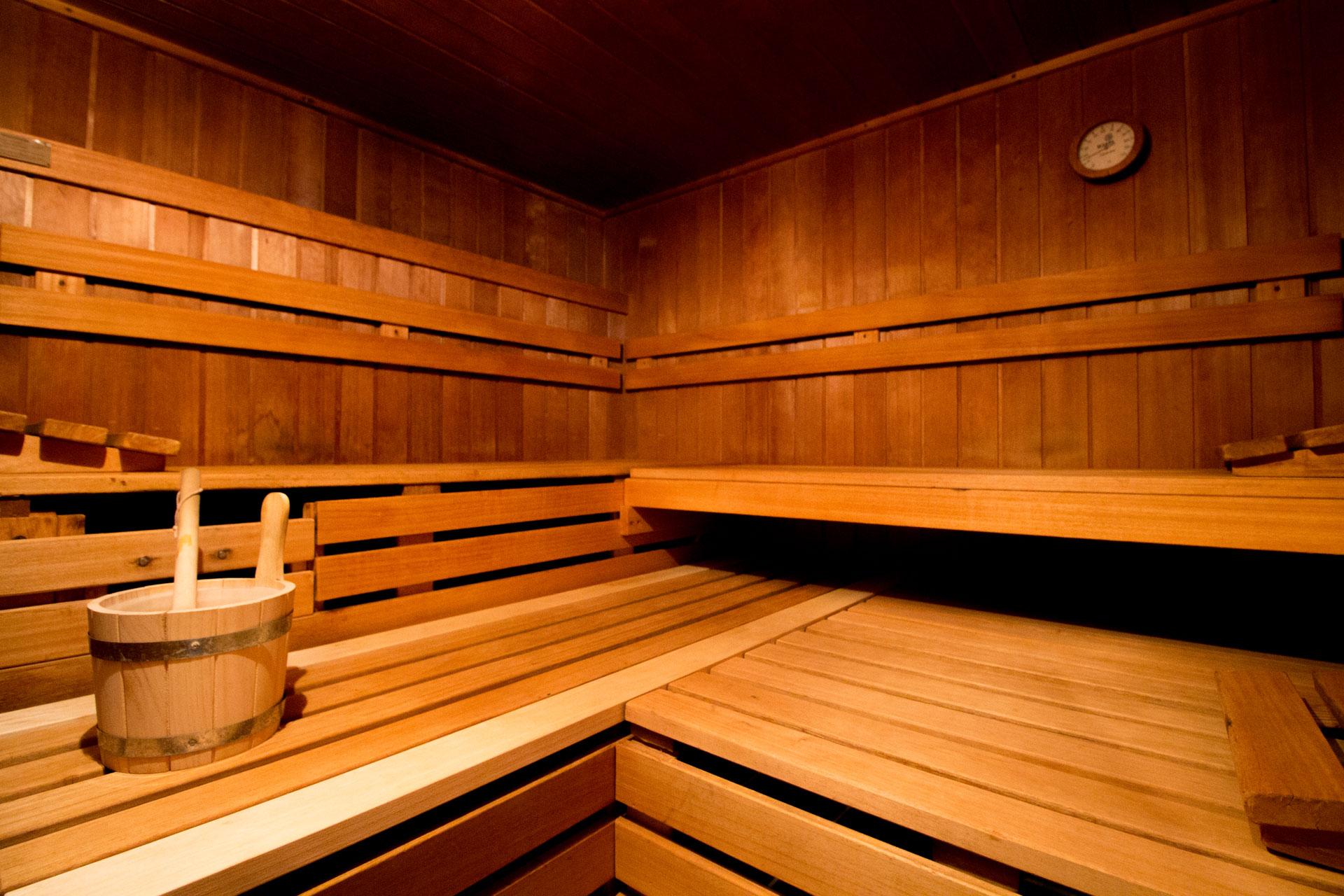 sauna wellness nordseehotel wilhelmshaven. Black Bedroom Furniture Sets. Home Design Ideas